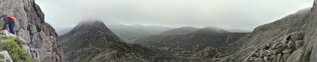 Panorama of Snowdonia_3 lessons from hiking